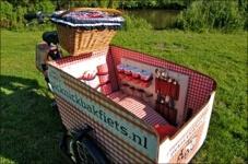 Leuk uitje met kinderen: picknicken met de Picknickbakfiets