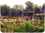 Jeugdland: idyllische speeltuin annex kinderboerderij