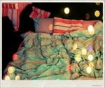 Stoeien op bed… in de woonkamer