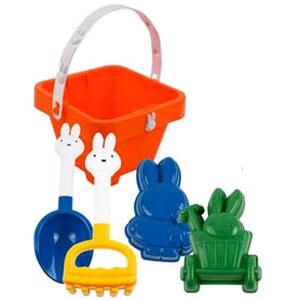 Verjaardagscadeau voor kids van 1 jaar: leuke cadeau tips voor een baby, Nijntje schepje emmertje