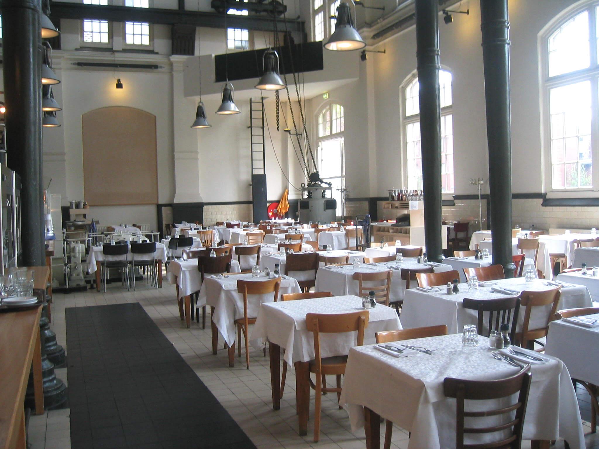 kindvriendelijke restaurants in amsterdam uit eten met kinderen leuk met kids. Black Bedroom Furniture Sets. Home Design Ideas