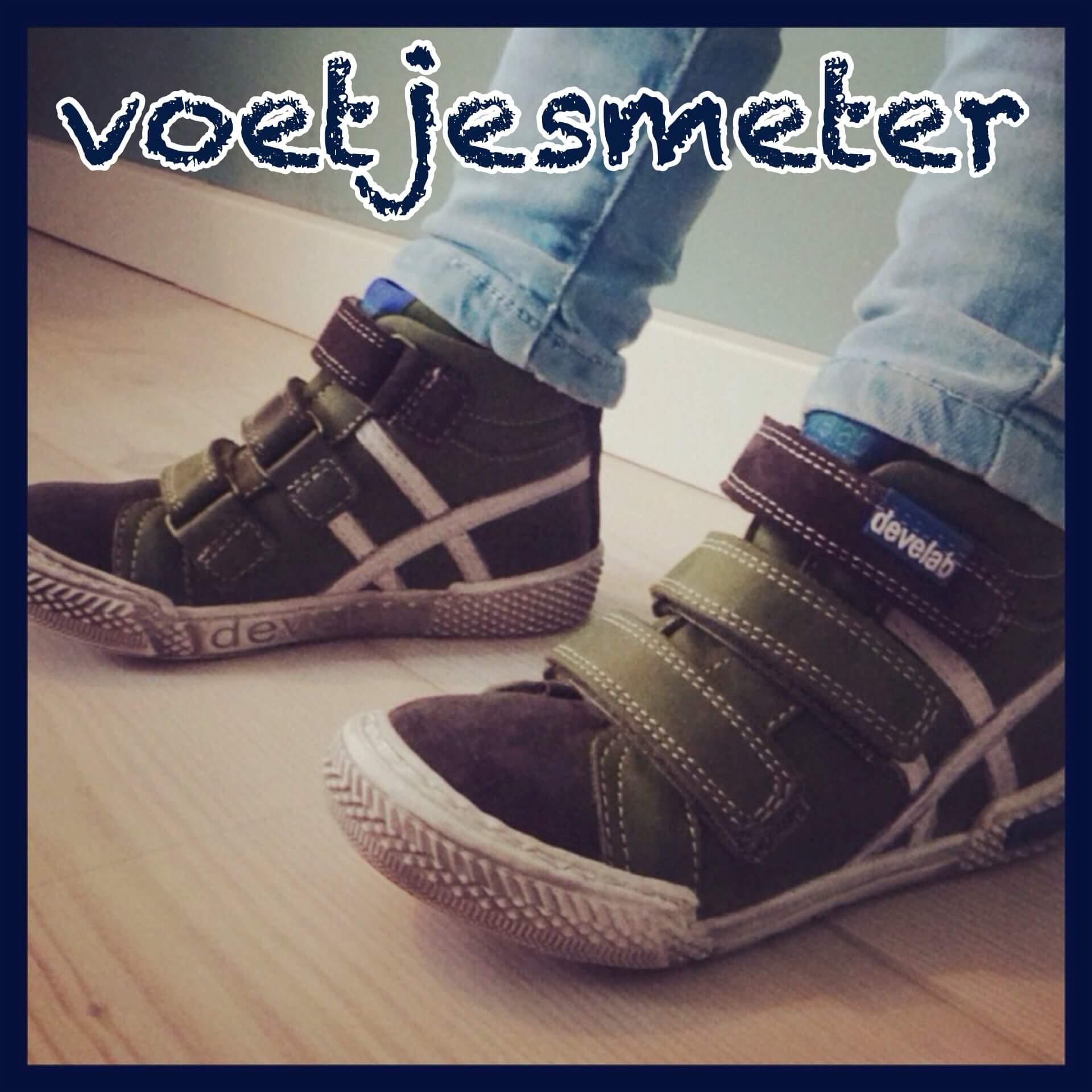 Kinderschoenen: een handige voetjesmeter + de leukste schoenen voor deze winter
