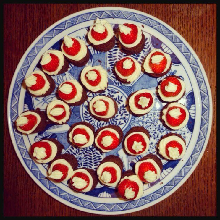 Kerstdessert voor kinderen: recept voor Santa Heads