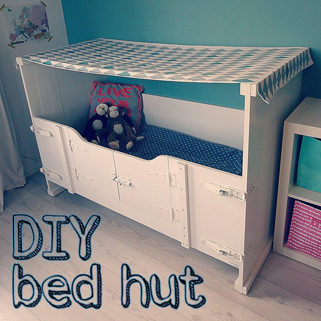 DIY: een hut maken van het kinderbed