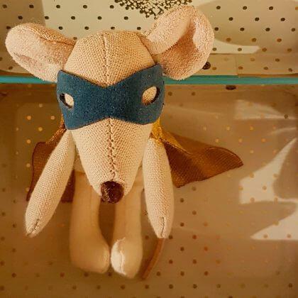 Verjaardagscadeau voor kids van 4 jaar of 5 jaar: leuke cadeau tips voor kleuters #leukmetkids #superheld #muis #maileg