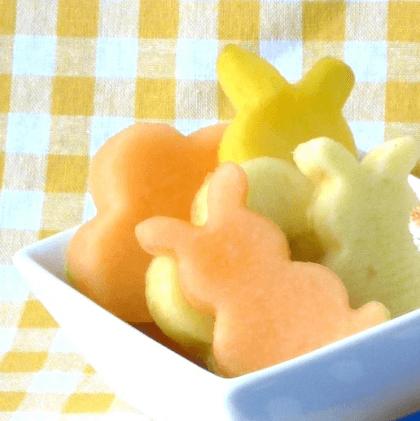 Picknicken met kinderen lekkere recepten - fruitsla figuurtjes