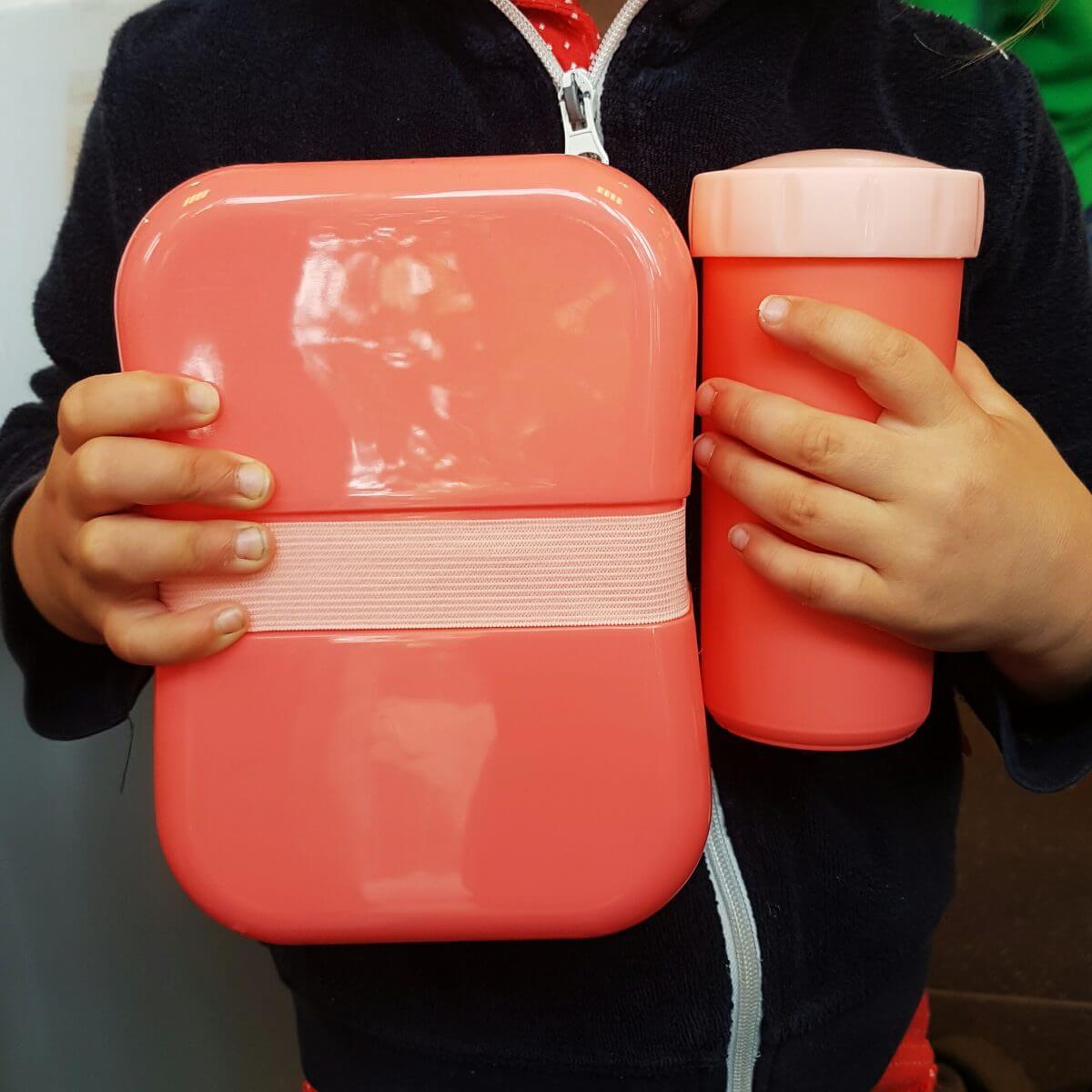 De leukste broodtrommels en drinkbekers voor school Hema broodtrommel en beker