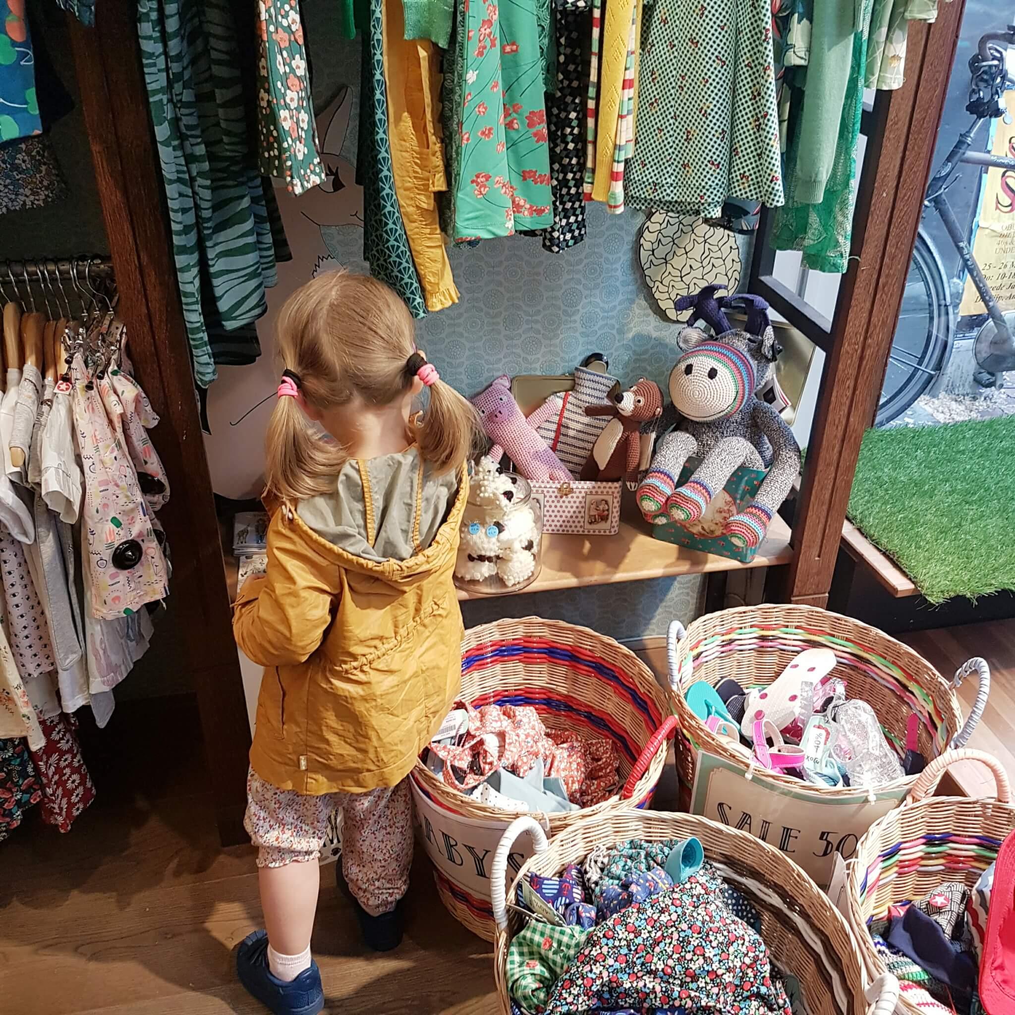 Samen met dochterlief shoppen Amsterdam: een nieuwe fase - Who's That Girl en Exota