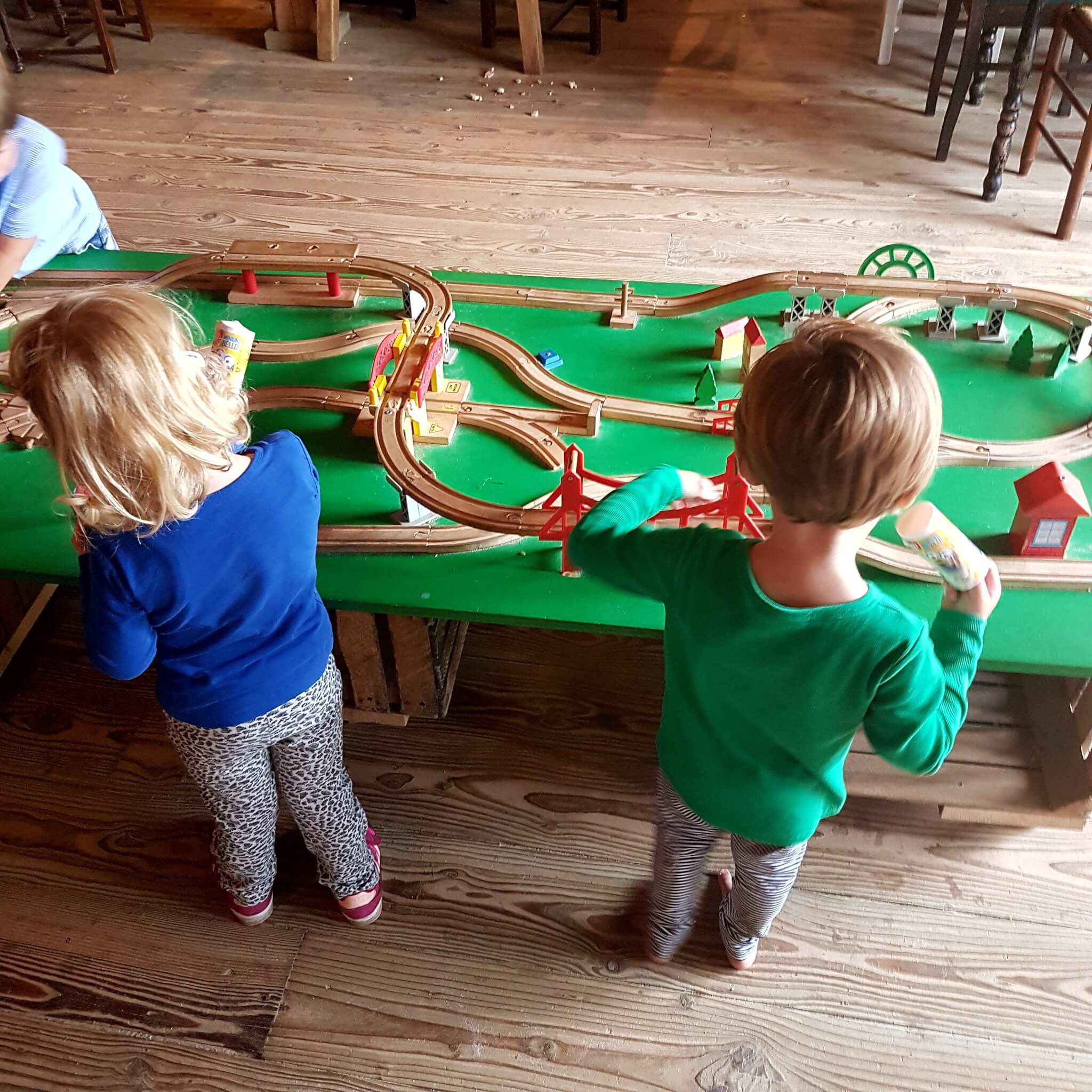 De Gerrithoeve: speelboerderij, speeltuin, camping en restaurant