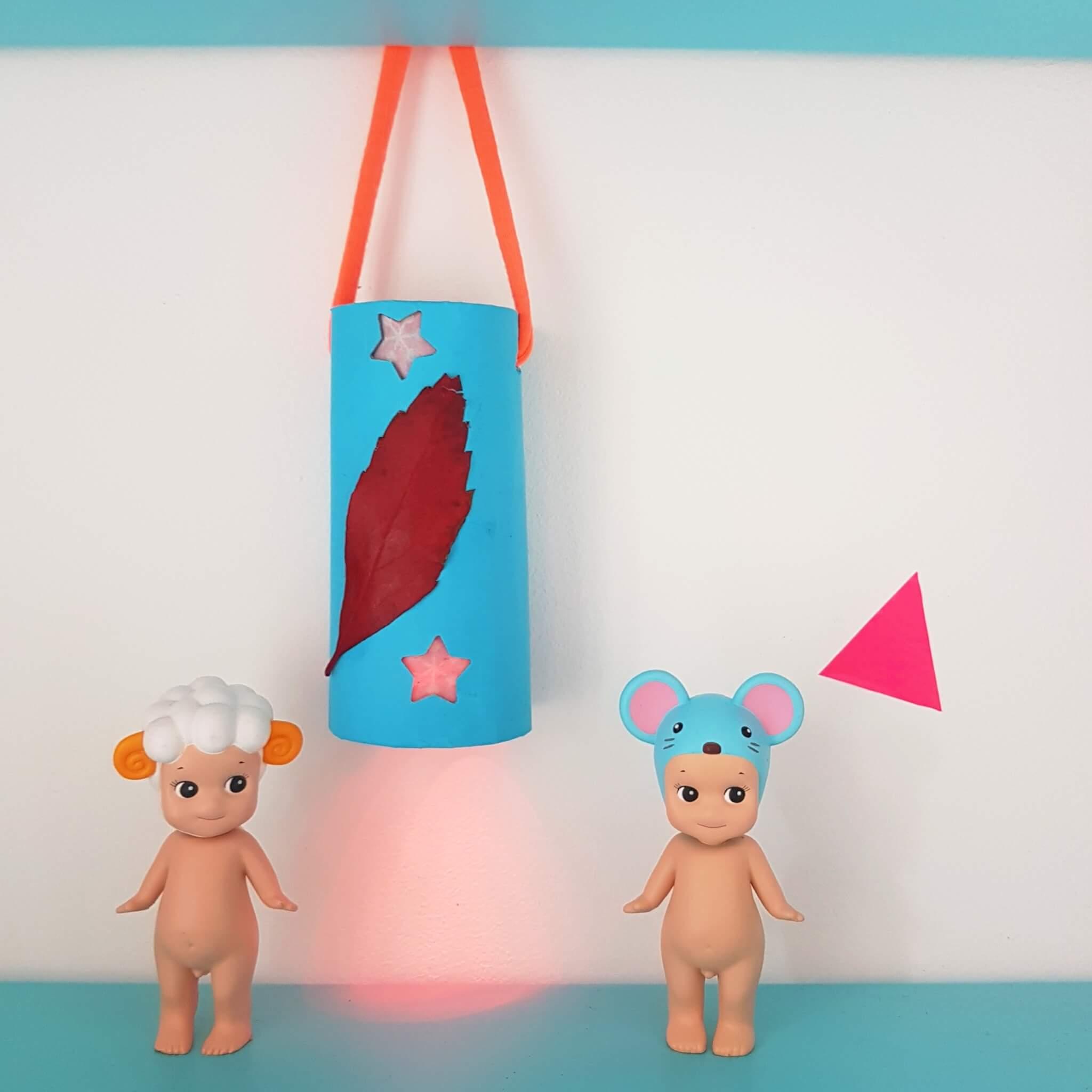 Mooie lantaarn of lampion voor Sint Maarten knutselen voor kinderen - DIY Lantern crafting for kids - toiletrol wc rol