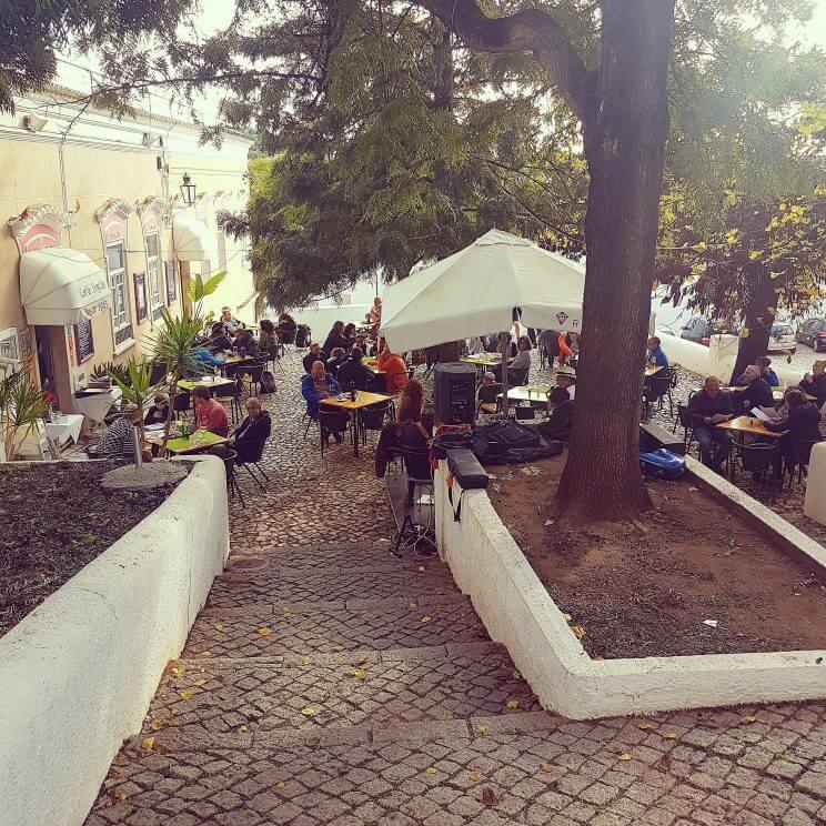 De leukste kindvriendelijke restaurants in de Algarve - Childfriendly restaurants Algarve - Cafe Ingles Silves