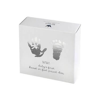 De leukste kraamcadeaus voor de geboorte van een baby - bambam gipsblik voet en handafdruk