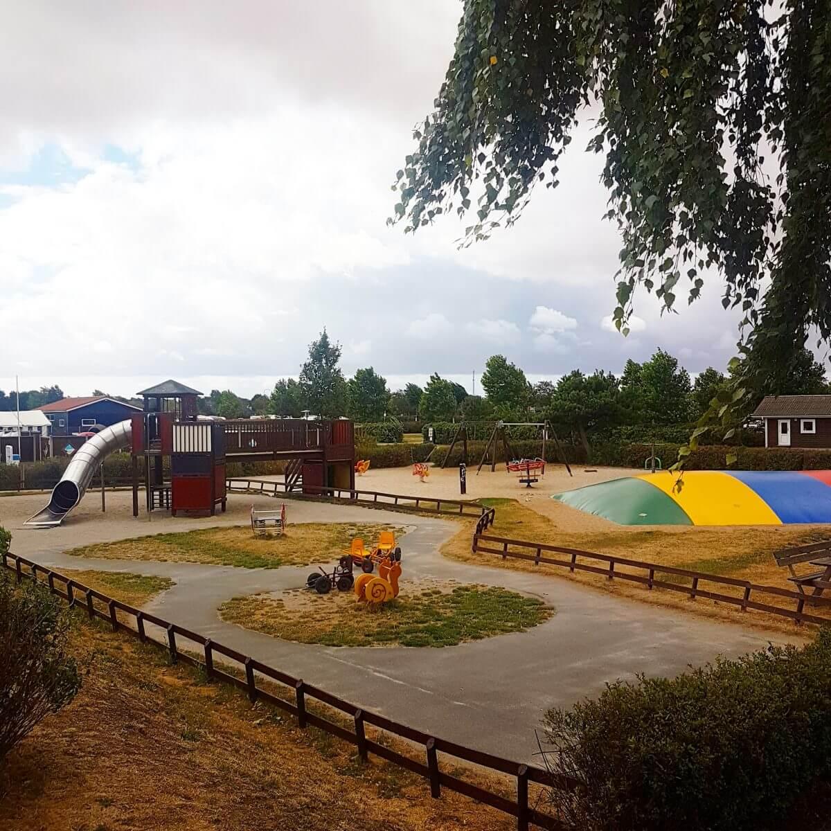 Campingtip: Bogense Strand Camping, op het eiland Funen in Denemarken, speeltuin #leukmetkids #camping #kamperen