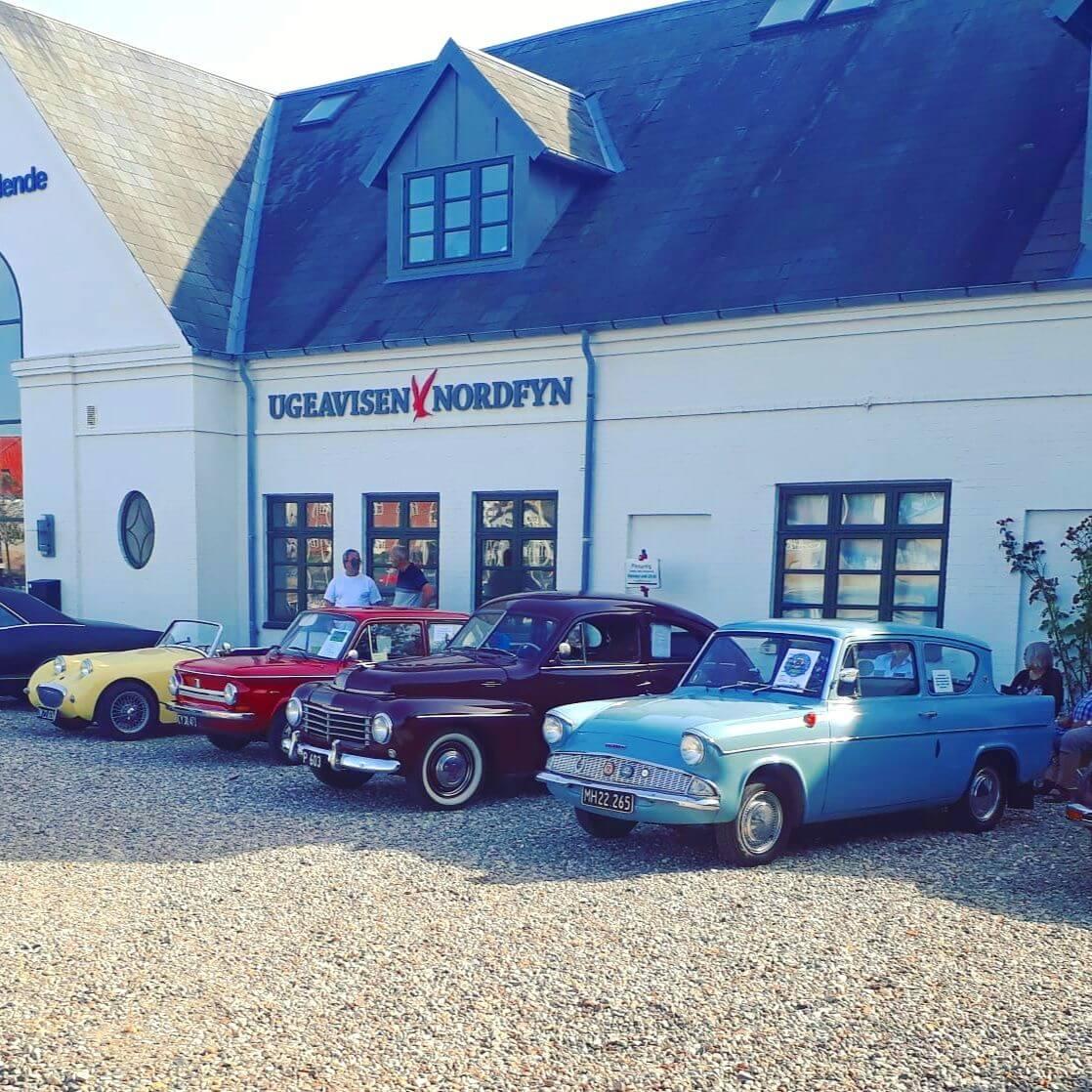 Vakantie met kids: sprookjesachtig Funen in Denemarken - de oude stad Bogense met strand en haven - klassieke auto's - veteran car festival