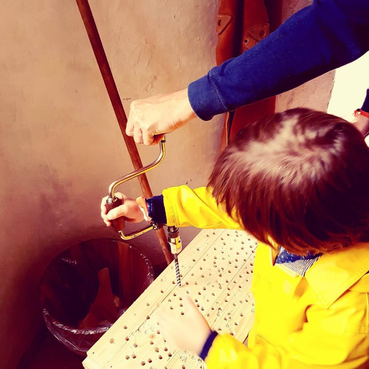 Vakantie met kids: sprookjesachtig Funen in Denemarken - moderne stad Odense met historie van Hans Andersen - Møntergården Børnemuseet