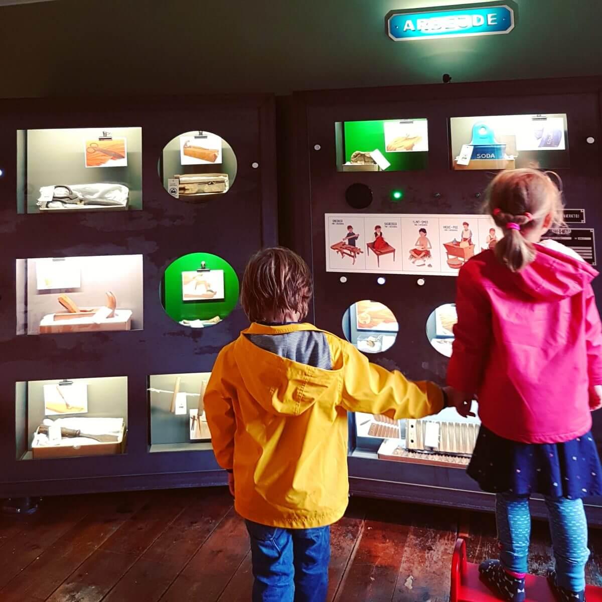 Vakantie met kids: sprookjesachtig Funen in Denemarken - moderne stad Odense met historie van Hans Andersen - Møntergården Børnemuseet Histotorium