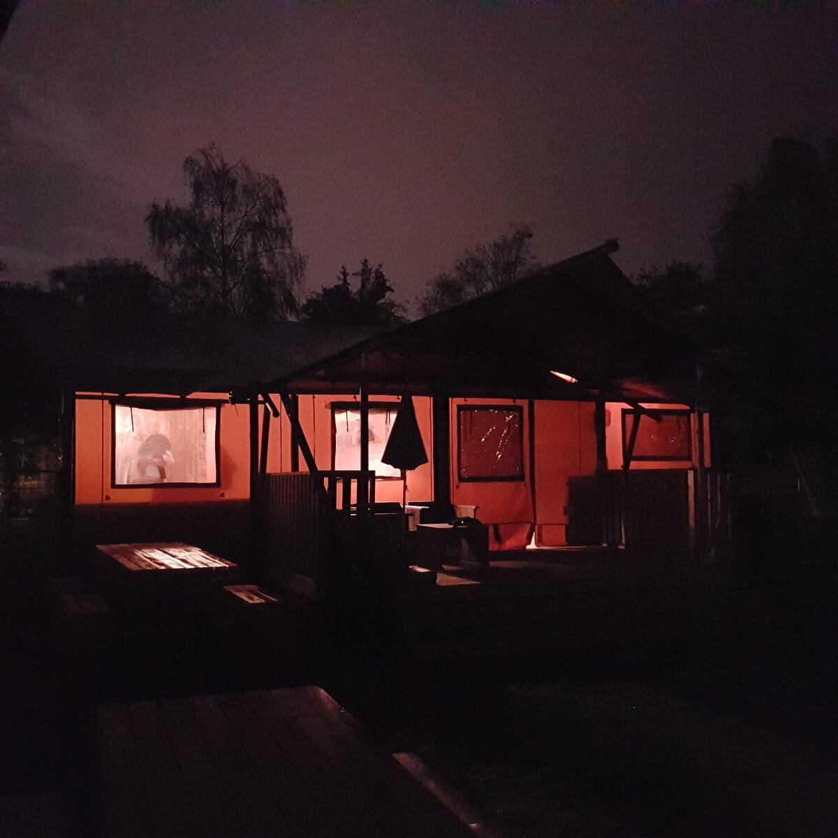 nacht in de Safaritent op Vakantiepark Dierenbos