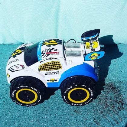 Verjaardagscadeau voor kids van 9, 10, 11 en 12 jaar: leuke cadeau tips voor bovenbouw kinderen - radiografisc bestuurbare auto, afstandsbestuurbare auto #leukmetkids #radiografischbestuurbareauto #afstandsbestuurbareauto