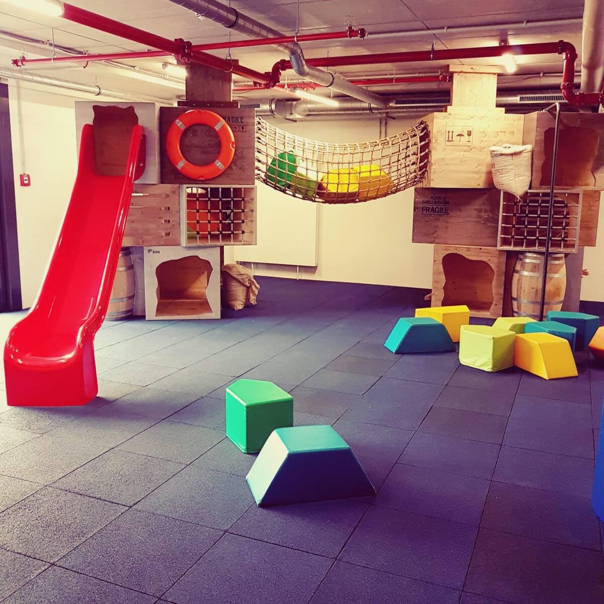 Jufa hotel Hamburg Hafencity, kindvriendelijk hotel met binnenspeelruimte