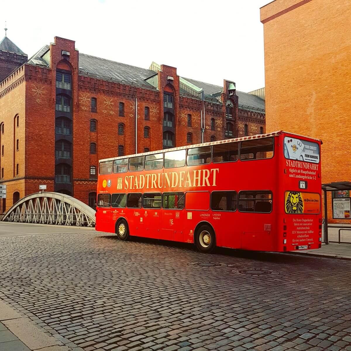 Hamburg met kids rode dubbeldekkerbus