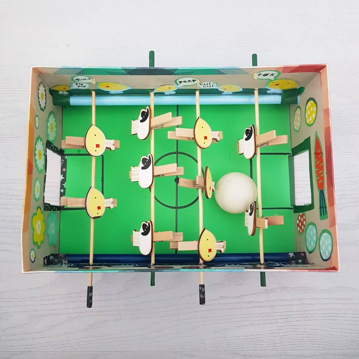 Sinterklaas surprise voetbalveld