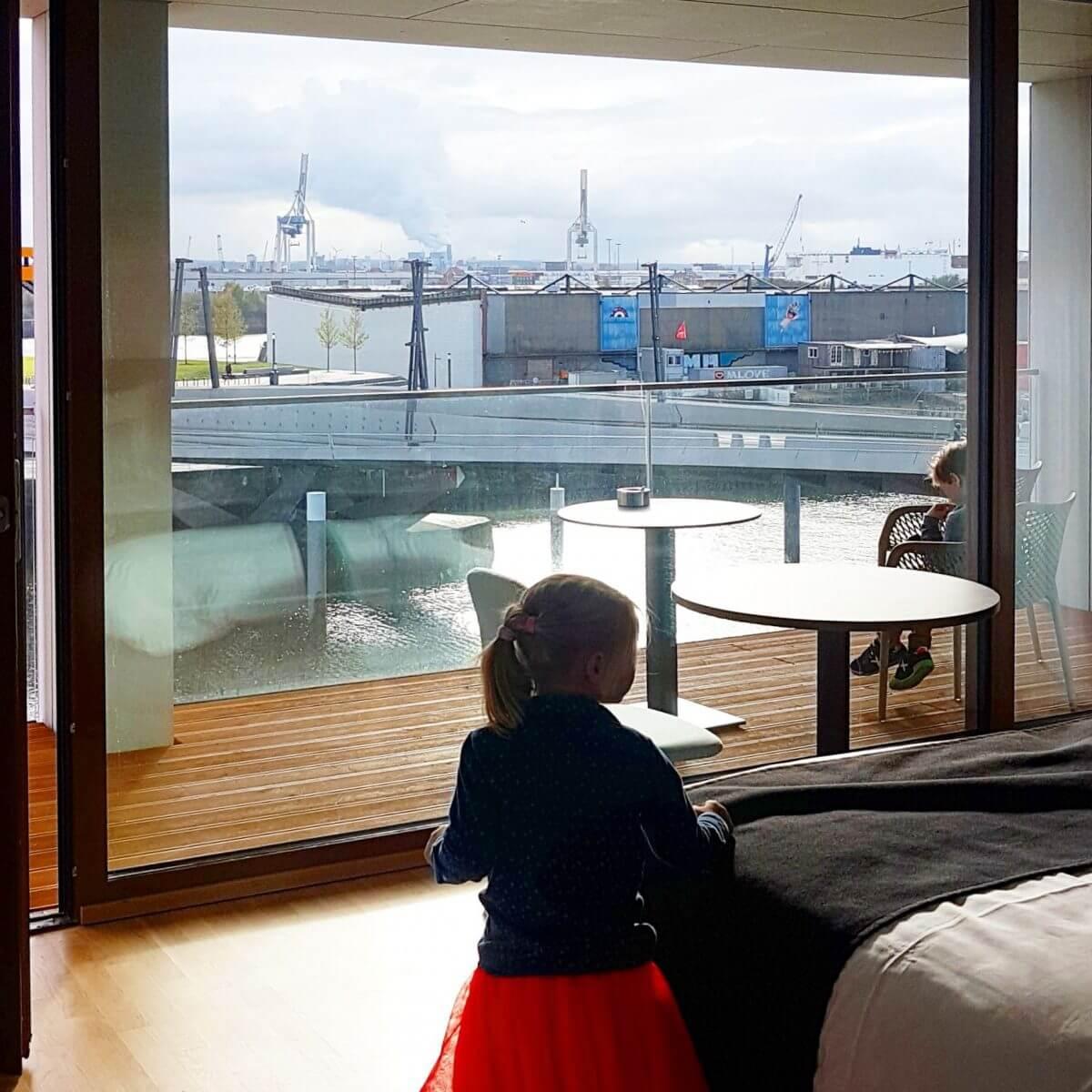 uitzicht Jufa hotel Hamburg Hafencity, kindvriendelijk hotel