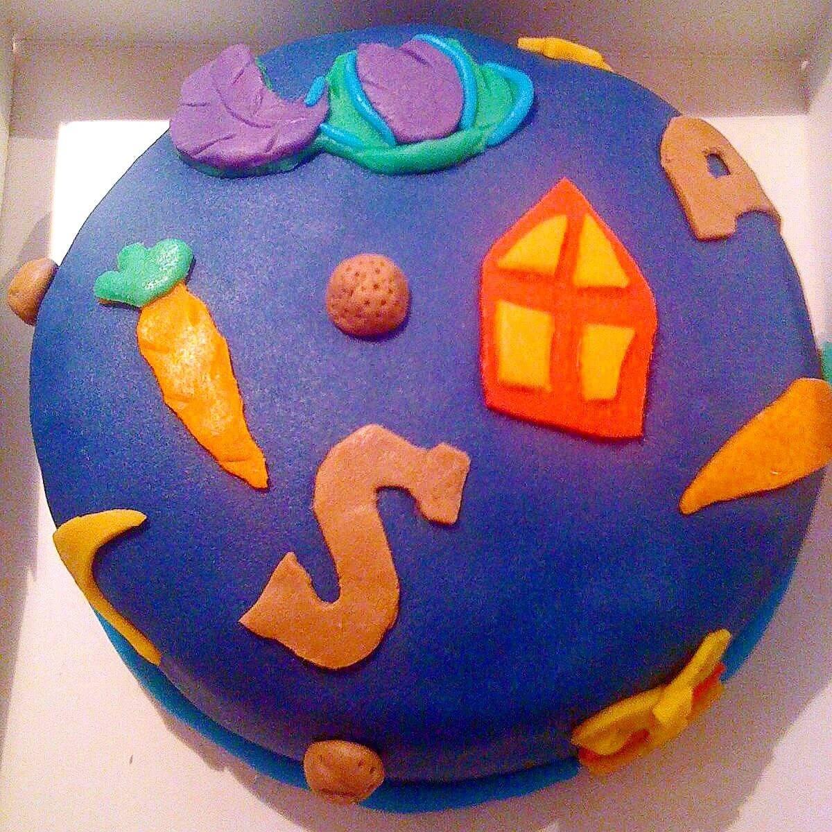 Sint decoratie: Sinterklaas taart met mijter, wortels, pietenmuts en chocoladeletters