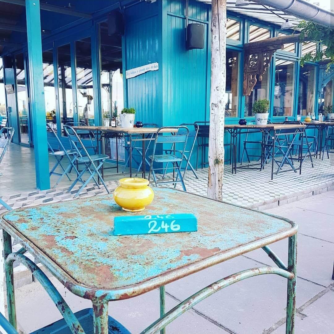 Het oude terras van Blijburg, nu Lolaland met restaurant Haas & Popi