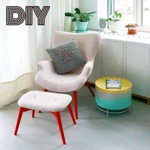 DIY: kleurrijke loungestoel met geverfde poten