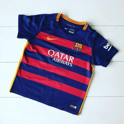 voetbal shirt als cadeau voor een jongen of meisje dat gek is op voetbal