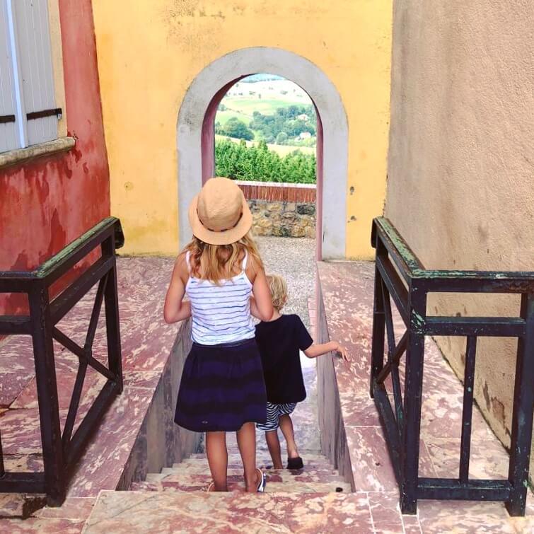 kunstenaarsdorpje Carla Bayle in de Pyreneeën