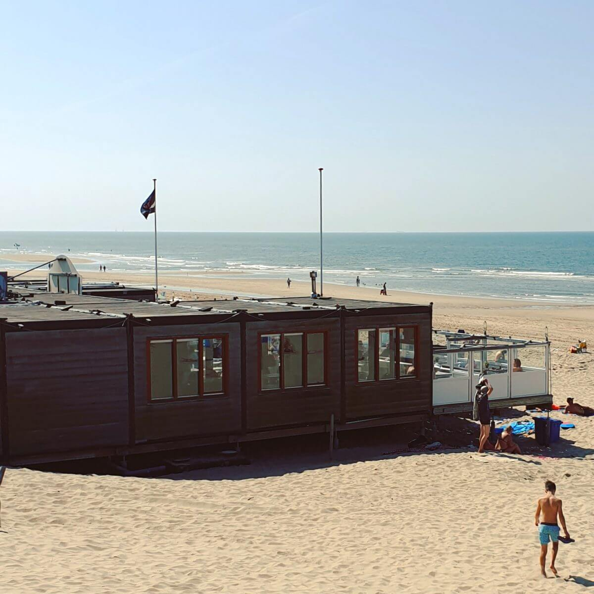 Bad Noord op strand Bakkum