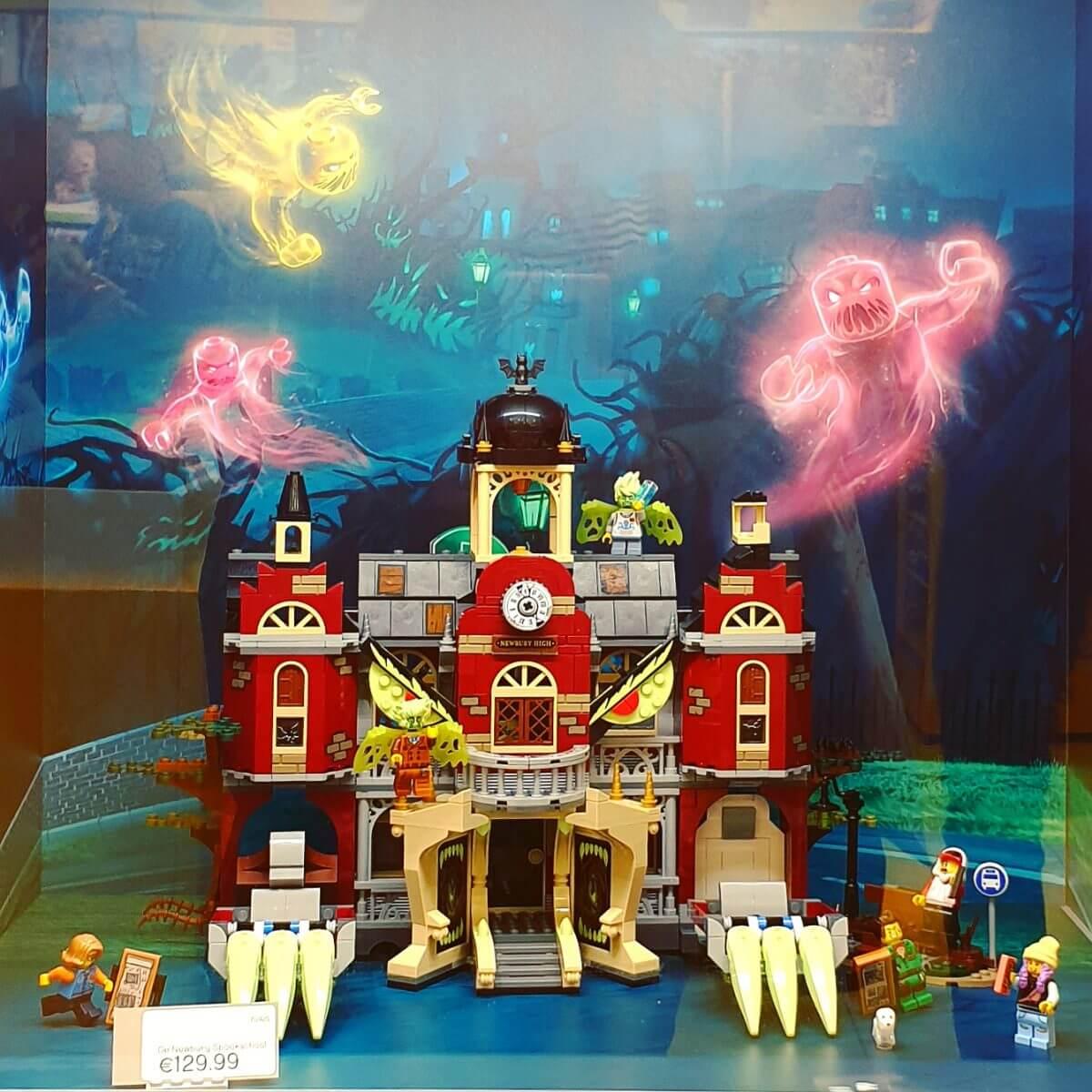 LEGO Hidden Side met augmented reality game app