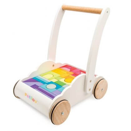 duurzaam baby speelgoed: Le Toy Van blokkenkar