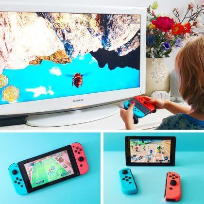 Nintendo Switch: spelcomputer die je thuis en onderweg kunt gebruiken. Thuis gebruik je de console met de TV. Onderweg klik je de controllers aan de console en heb je een handheld, een soort game boy. Daarnaast kun je ook het kleine schermpje op tafel zetten en de controllers los gebruiken.