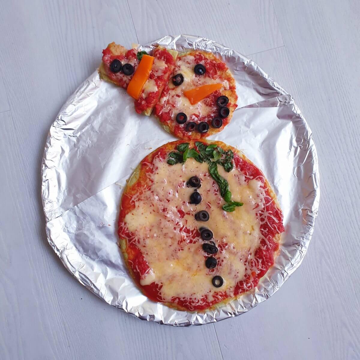kerst pizza voor het kerstdiner op school of thuis