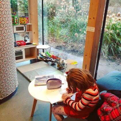 Kindvriendelijke restaurants en hotels: met speeltuin en ander leuks. Dignita de Hoftuin in Amsterdam aan de Amstel