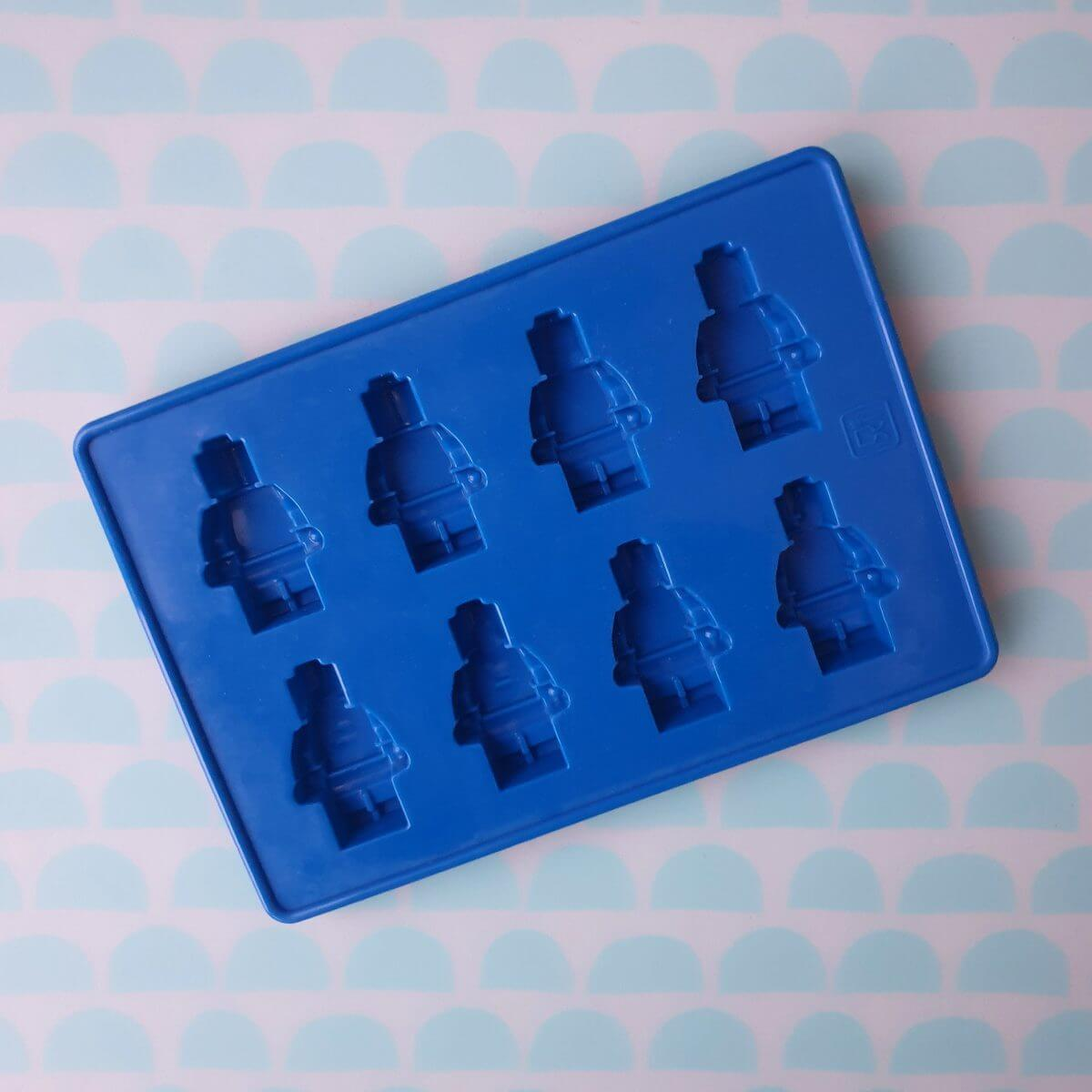 LEGO mal om poppetjes van chocolade of marsepein te maken