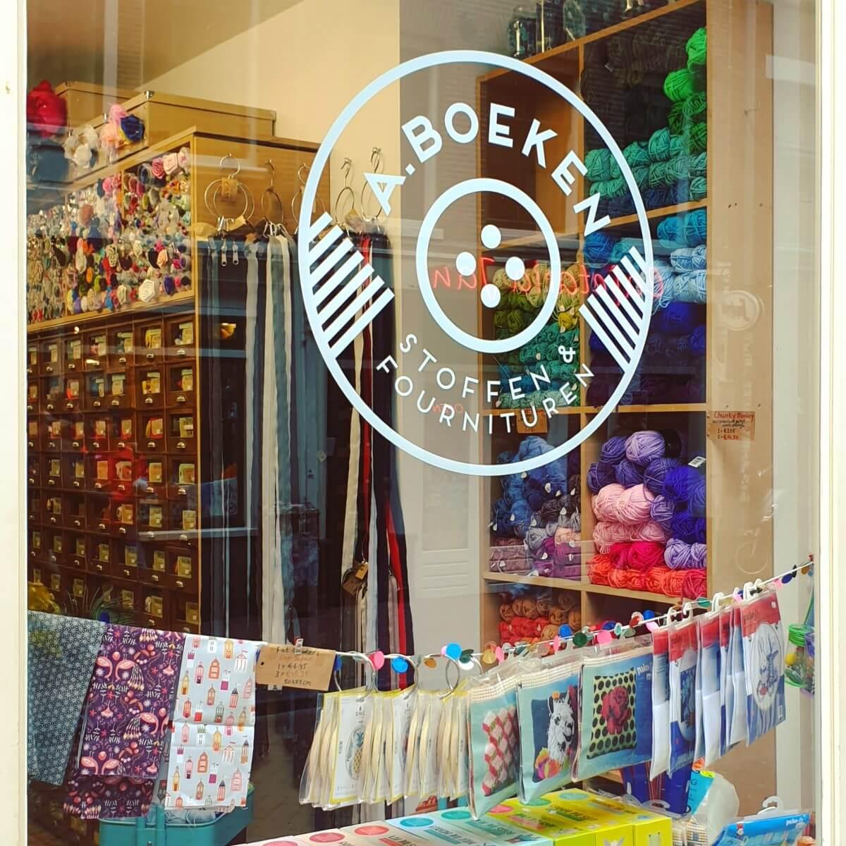 A Boeken winkel voor stoffen en fournituren