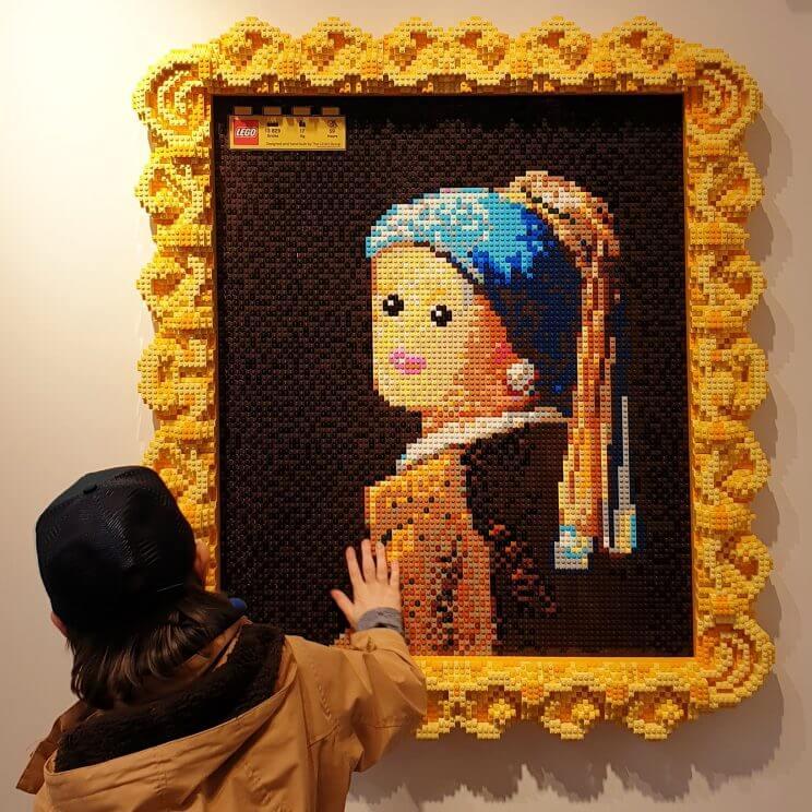 LEGO ideeën om te bouwen: heel veel voorbeelden, bijvoorbeeld een kunstwerk