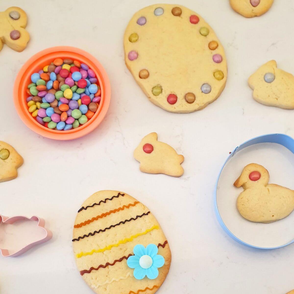 Koekjes recept voor Pasen: Paaskoekjes met Smarties