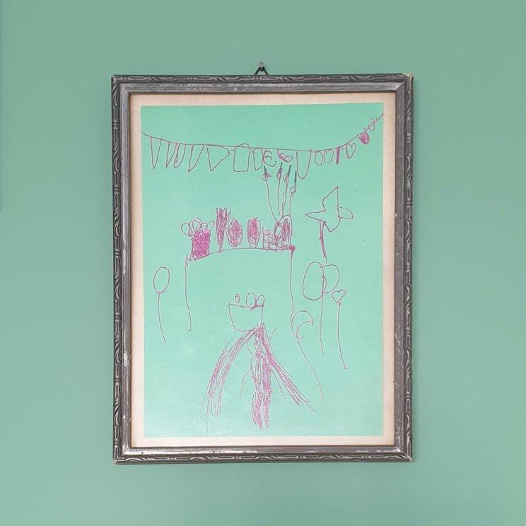Knutselwerkjes bewaren als kunst aan de muur 2