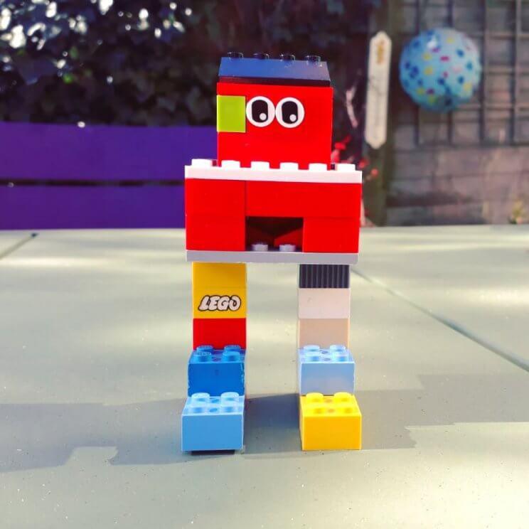 DUPLO robot