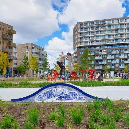 101 uitjes met tieners in Nederland en België. Dit is de Urban Sport Zone Amsterdam: skatebaan en speeltuin Zeeburgereiland