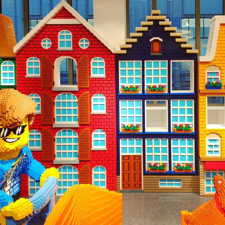 LEGO ideeën om te bouwen: grachtenpanden in Amsterdam