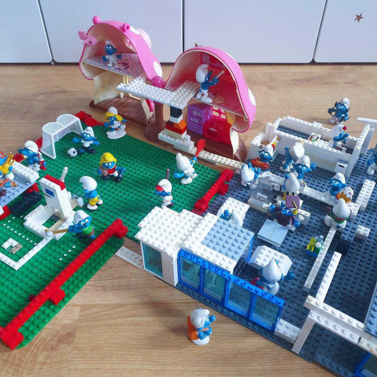 LEGO smurfen school bouwen