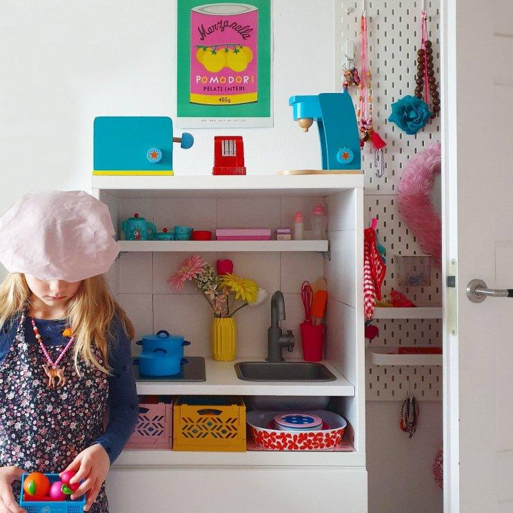 Ikea speelkeuken hack: een kinderkeuken maken van Duktig en Besta. Kids kitchen DIY project