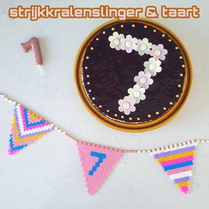 Vlaggetjes slinger van strijkkralen en recept voor verjaardagstaart. Birthday cake recipe and hama bead bunting.