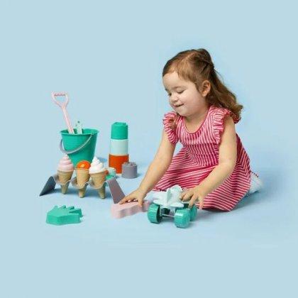 Het leukste buitenspeelgoed voor deze lente en zomer. Ook bij de Hema kun je zandbakspeelgoed van bioplastic kopen.