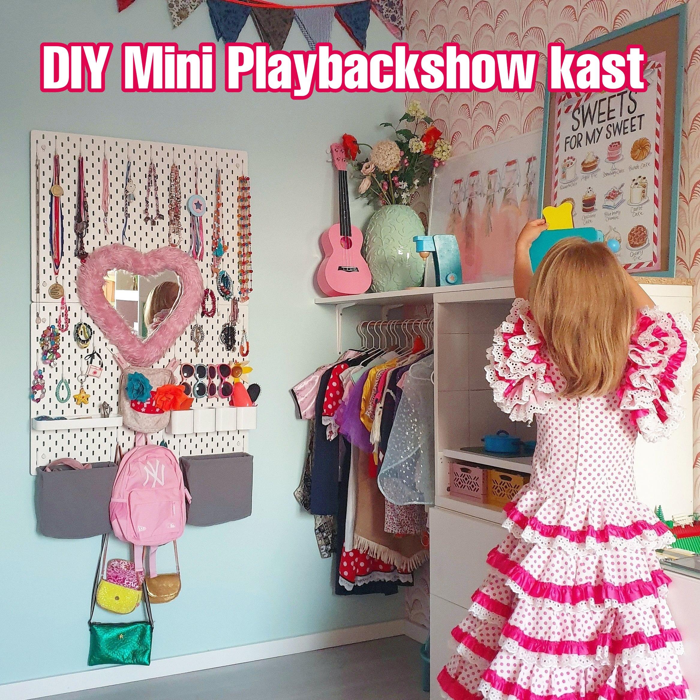 Kinderkamer IKEA hack: Mini Playbackshow kast voor kinderkamer. Vond jij de kledingkast van de Mini Playbackshow vroeger ook zo fascinerend? Zo maak je zelf een Mini Playbackshow kast voor de kinderkamer.